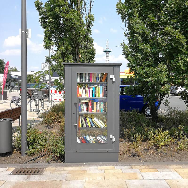 Bücherschrank in Hövelhof