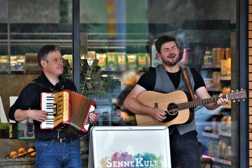 Popup-Konzert-The-Young-Guinnessis-03